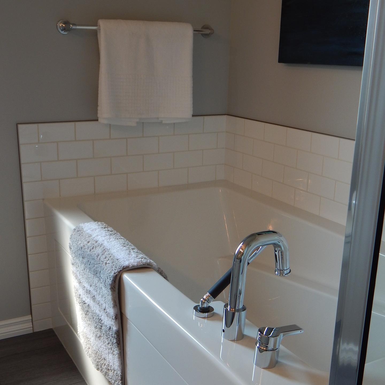 Водяные полотенцесушители из нержавейки для ванной