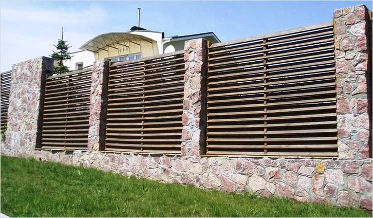 Как сделать деревянный забор жалюзи своими руками