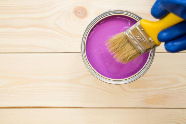 Как сэкономить на покраске стен в своем доме