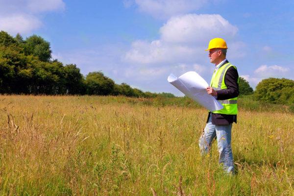 Нюансы начального этапа строительства загородного дома