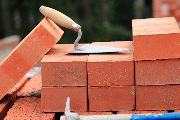 Строительство из кирпича, особенности